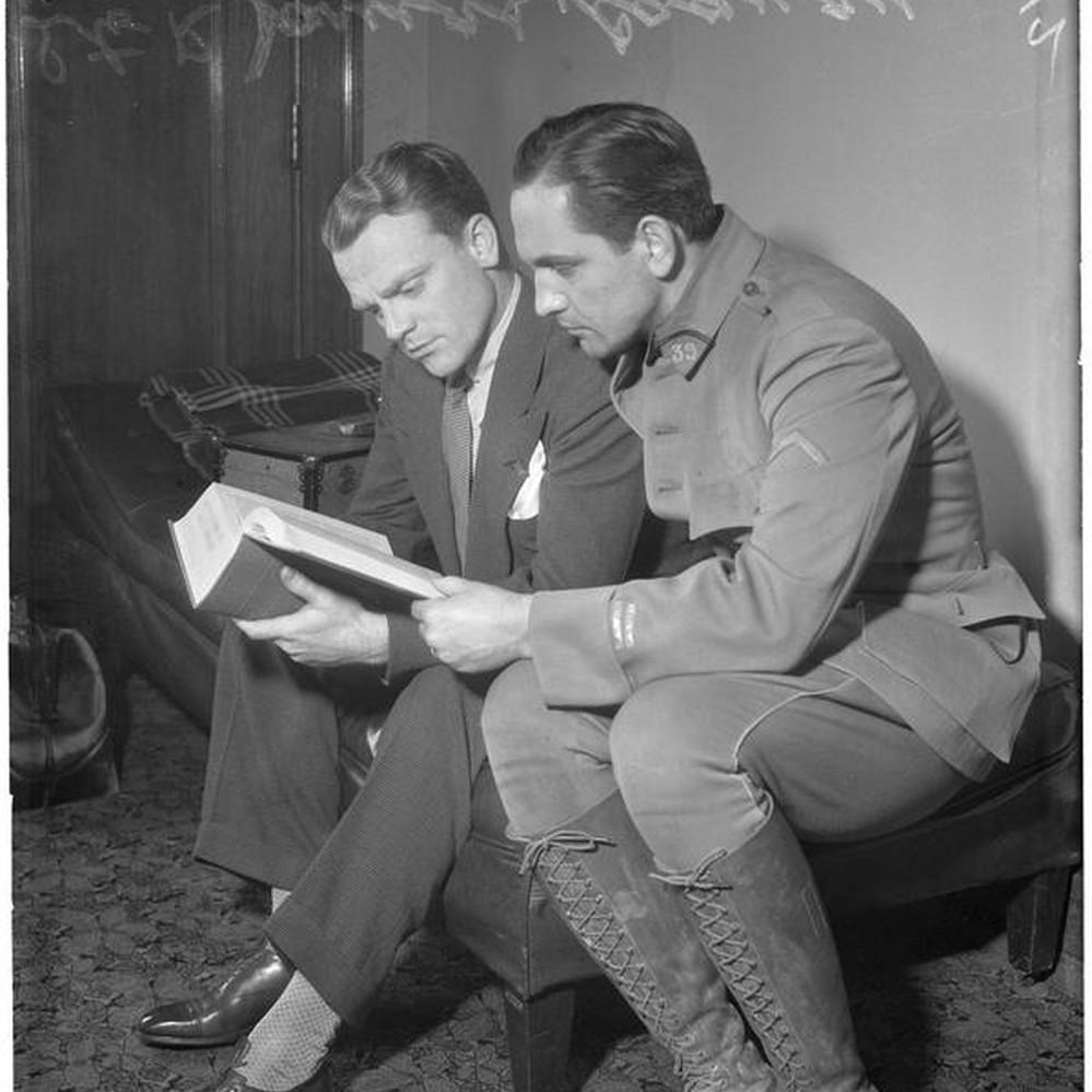 Actors James Cagney and Fredric March — Calisphere