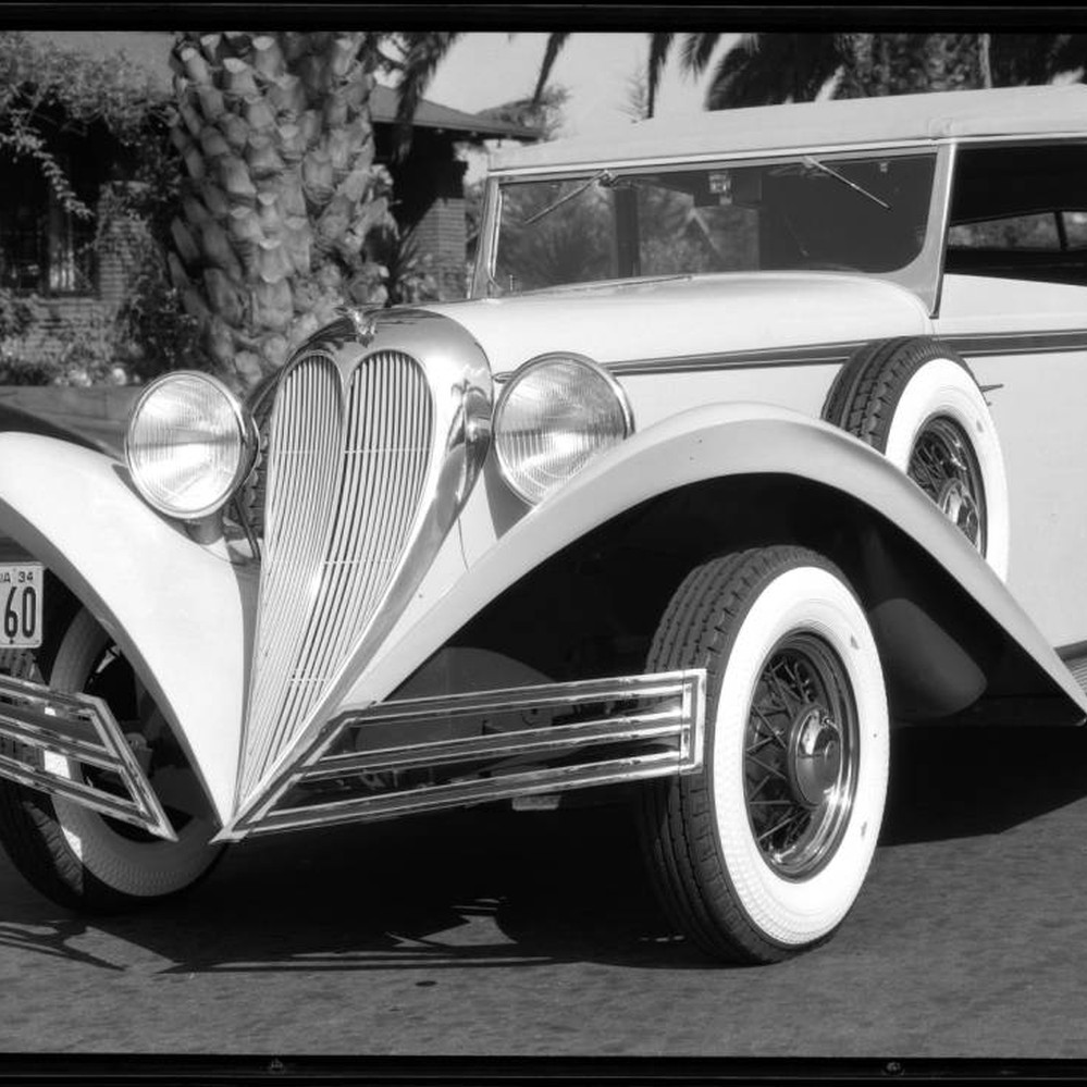 Brewster automobile with Vogue tires. 1934 — Calisphere