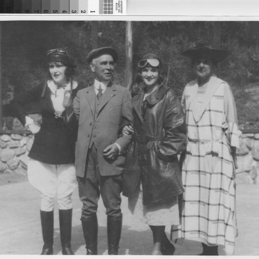 Angel Locsin (b. 1985),Anna Brecon Adult picture Robin Bain,Ester Dean